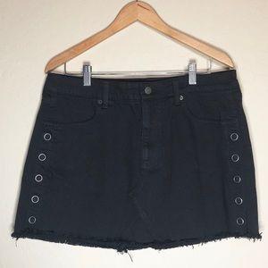 Dresses & Skirts - American Eagle || Black Distressed Skirt